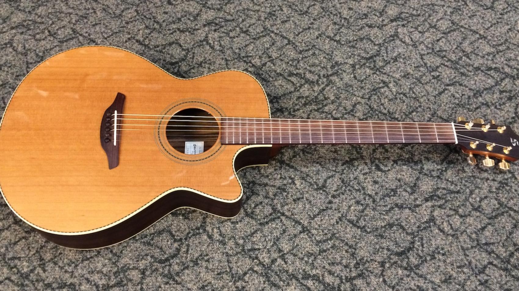 Stonebridge 42CRG-CE acoustic guitar